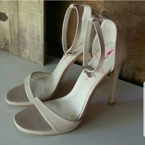 Sole Society nude ankle strap heels 9